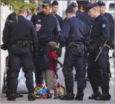 policiersperesnoelenfantsanspapier1.jpg